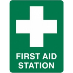 First Aid Station Sticker Green Background White Cross 90x125mm